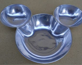 Disney Mickey Mouse Head and Ears Metal Chips and Dip Bowl Platter Dish