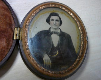 Antique 1800's Daguerreotype Gutta-percha Tintype framed Victorian Photograph