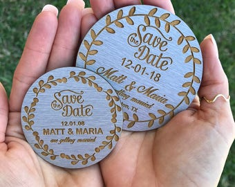 Save the Date round, silver, metallic magnet