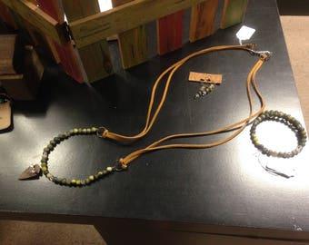 Arrow Head necklace, earrings and bracelet