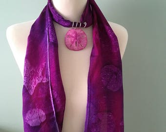Genuine sand dollar scarf ring in magenta