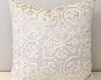 Cream Velvet Pillow Cover, Cream Pillow, Velvet Pillow, Luxury Pillows, Decorative Throw Pillow, Velvet Cushion, Cream Velvet Pillow Covers