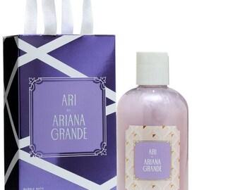 Ari by Ariana Grande Gift Set Bubble Bath and Eau de Parfum Rollerball