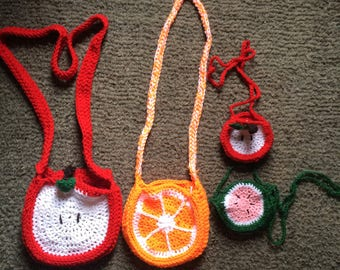 crocheted fruit purse (large)