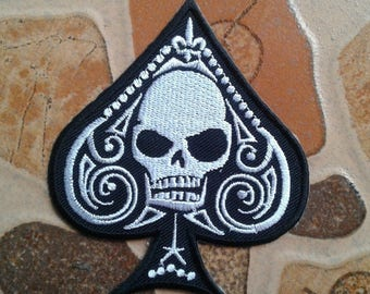 Embroidered Spade Skull rock Patch.