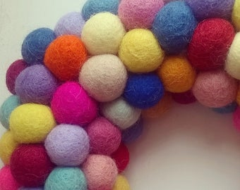 Felt ball wreath, wreath, felt balls, wool felt balls, felt wreath, pom pom wreath, modern wreath, home decor, design your own, custom