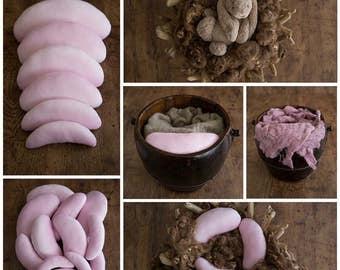 Set of 6 posing beans