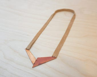 Handmade necklace (V02) in oxidised copper and leather