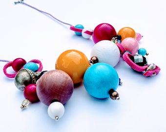 Beaded necklace, statement necklace, summer necklace, colourful necklace, contemporary jewellery