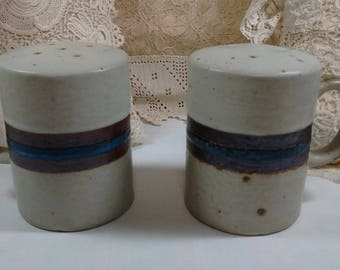 """Vintage Pottery Salt Pepper Shakers with Handles 2 3/4"""" x 3 3/4"""" Blue Brown Beige w Stoppers"""