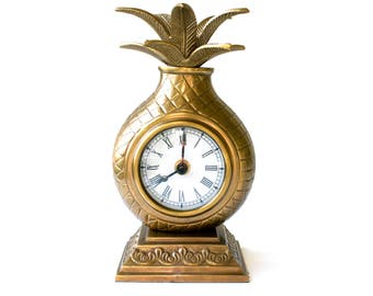 Vintage Solid Brass Pineapple Clock. Gold color. Hollywood Regency Style. Tropical Home Decor.