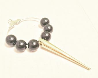 Black with Gold spike wine glass charm