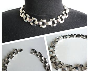 Heavy Beauty Necklace