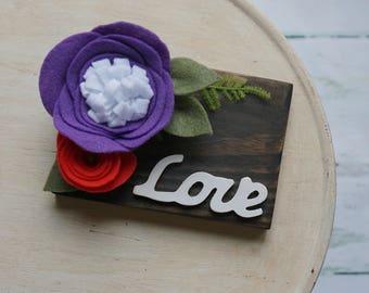 small wood love sign   felt flowers   love   home decor
