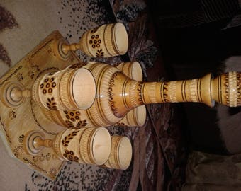 Wooden bottle and cups