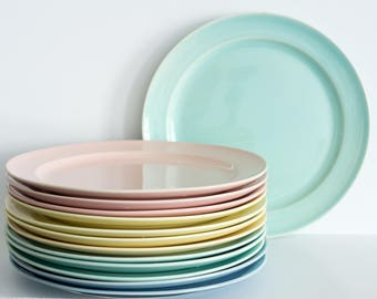 """T.S. & T. Lu-Ray Pastels: 10"""" Dinner Plate"""