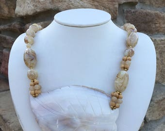 80s  Sea Shell Necklace