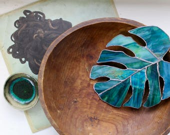 Dreamy Green Monstera Leaf - Stained Glass