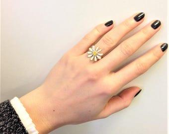 1990s Vintage Silver Plated White Enamel Flower Ring