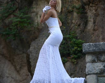 Lace Wedding dress, embroidered with pearls, mermaid, sweetheart neck