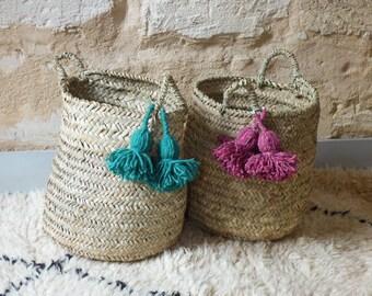 Craft basket in doum