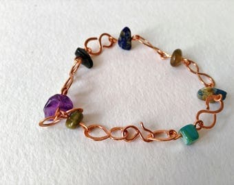 Copper wire bracelet + natural stones