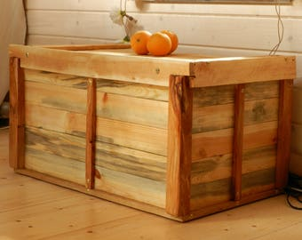 Box, chest made of recycled wood