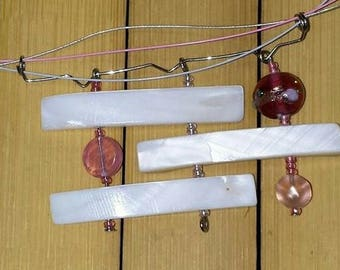 Rose, Pearl and glass beads