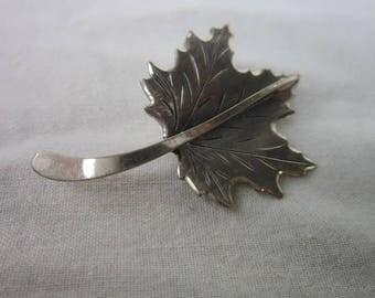 Vintage Designer Beau Sterling Silver Maple Leaf Brooch Beautiful