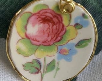Vintage china pendant.