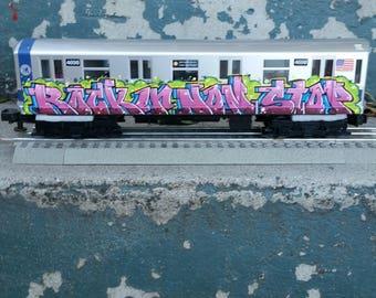 Mth Oscale New York subway graffiti