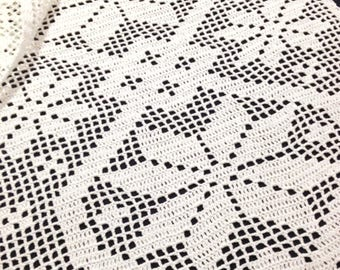 Handmade crocheted table runner with a swedish pattern. Handcraft Scandinavian design floral pattern gift for her wedding gift