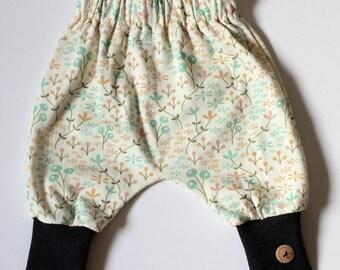 Cosy warm pastel baby girls harem pants 3-6 months. 100% organic cotton. GOTS. Maternity Gift.