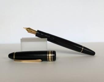 Vintage 1970's Montblanc Meisterstuck No. 146 Fountain Pen w/18K Nib