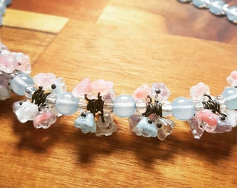 Vintage glass flowers necklace