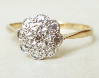 Art Deco Scalloped Flower Ring, Vintage 18k Gold, Platinum and Diamond Engagement Ring, Approx Size 6.5