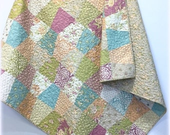 SALE Lap Quilt Tumbler with Fig Tree Fig and Plum fabrics Old Fashion Country Charm