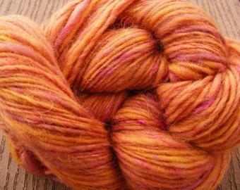 GYPSY ROSE Handspun Wool Yarn Corriedale Glitz art yarn 210yds 2.6oz 10wpi aspenmoonarts worsted artyarn rose gold knitting