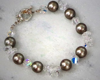 Swarovski crystal helix bead and 10mm crystal pearl bracelet clear crystal,platinum grey,sterling silver toggle clasp closure