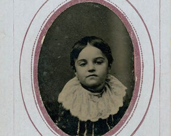 vintage photo Tintype a Little Girl Big Lace Collar