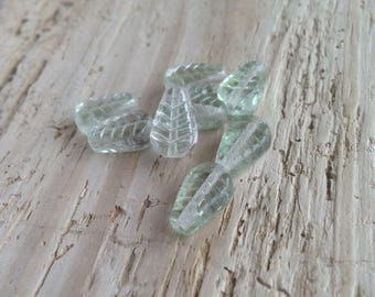 Green Leaf Beads Czech Luster Glass Vintage NOS