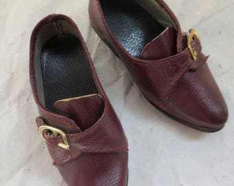 Doll Shoes - Classic All Leather - Size Teensey