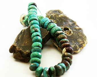 Large faceted turquoise, graduated strand Bt1b, are beautiful and dramatic beads