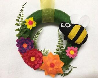 Bee Wreath, Summer Wreath, Honey Bee, Bumble Bee, Flower Door hanger, Hostess Gift, Housewarming, Wall Art, Wall Hanging