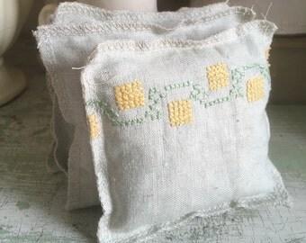 Lavender Sachet Bundle, Set of Four, Made of Vintage Linen Fabric