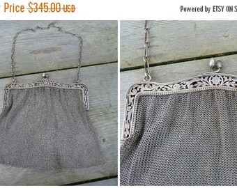 ON SALE 20% Vintage Antique French 1900/1920 lady's mesh purse sterling silver floral open work opener Evening handbag 234 gr