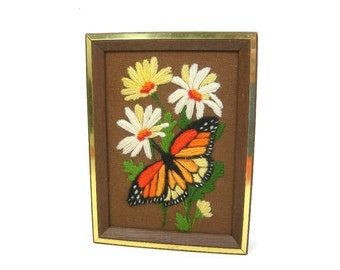 Framed Needlework Picture of Daisies and Butterfly, Dated 1979, Vintage Retro Wall House Decor, Nature, Yarn Embroidery, 8x6 Framed, Crewel