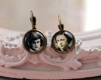 Alice in Wonderland Lewis Carroll   earrings Victorian sweet lolita feminine leverback