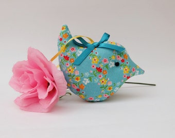 Lavender Sachet Bird, Teal Floral Ditsy Fabric Scented Mini Bird, Scented Gift, Pretty Room Decoration, Gift Under 10