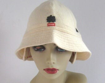 wool felt hat . hat with earflaps . cream wool hat .  capo . made in Austria . capo hat
